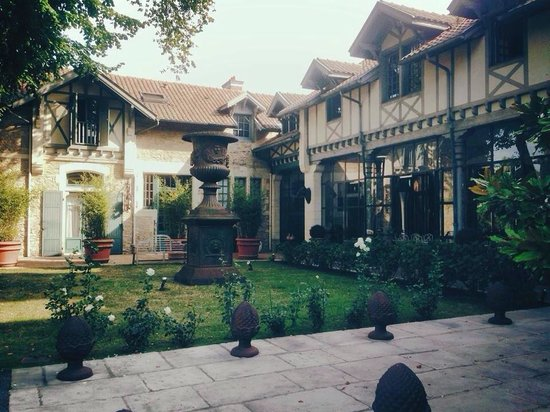 Beaumanoir: Hotel view