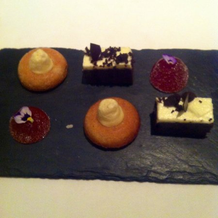 Roux at The Landau: Complimentary desserts