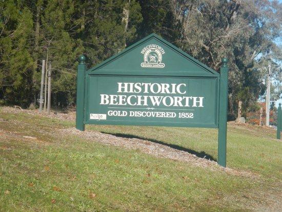 Beechworth Historic Courthouse: Historic Beechworth