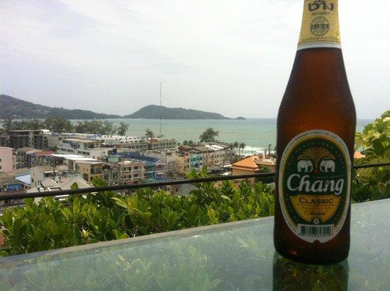 Sea Sun Sand Resort & Spa: Enjoying a beer overlooking the ocean