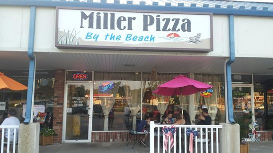 Miller Pizza By The Beach