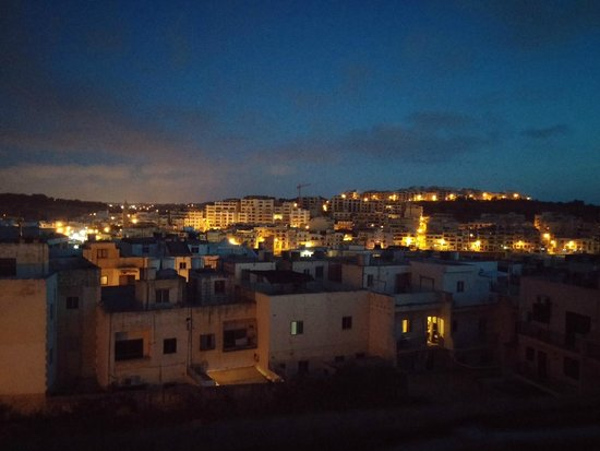 Cerviola Hotel : Vista dell' alba dalla terrazza del Cerviola