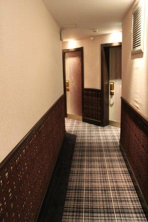 Hotel Edouard 7: Corridoor