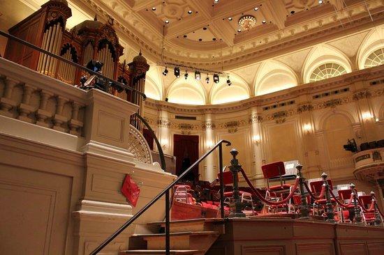 Concertgebouw: 再前席から見た舞台