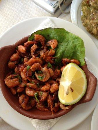Fainos Restaurant : fried baby shrimps never tasted like before