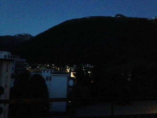 Morosani Schweizerhof Davos: View of a mountain at night