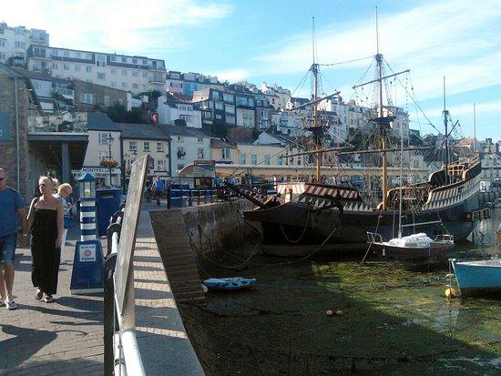 Brixham Harbour: Havn for pirater og andre sjøfolk.