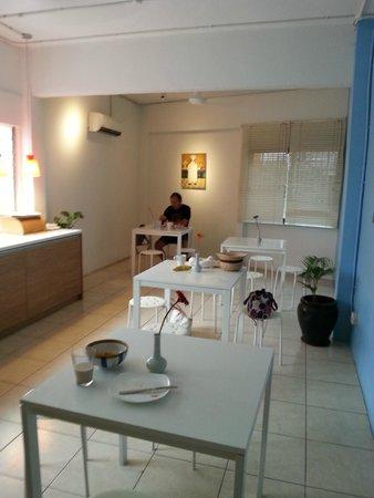 Orange Pekoe Guesthouse : Cute kitchen/diner Orange Pekoe GH