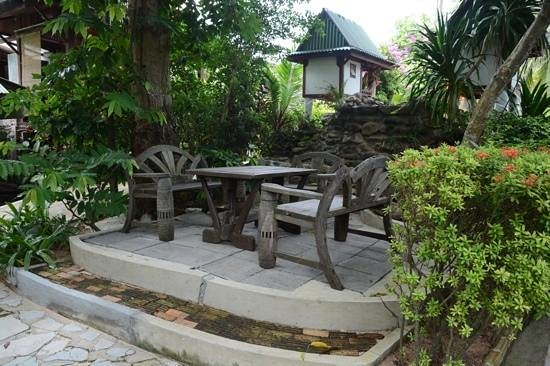 World Resort Bungalow : place to sit & rekax in the garden