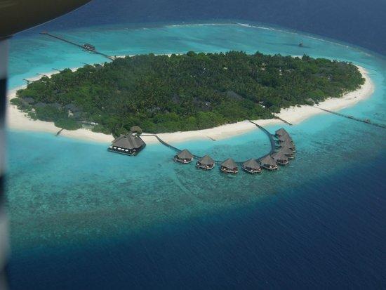 Adaaran Select Meedhupparu : First view of the island