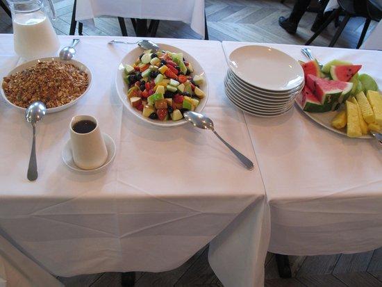 Leicester House: Breakfast buffe