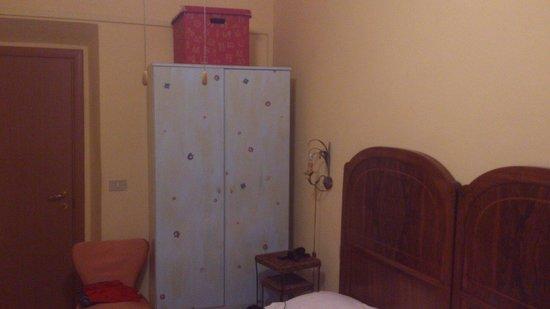 Hotel Dali: Hab 4