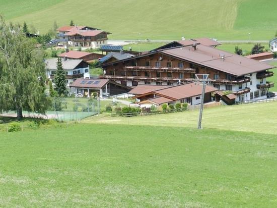 Naturhotel Kitzspitz: view from the ski lift