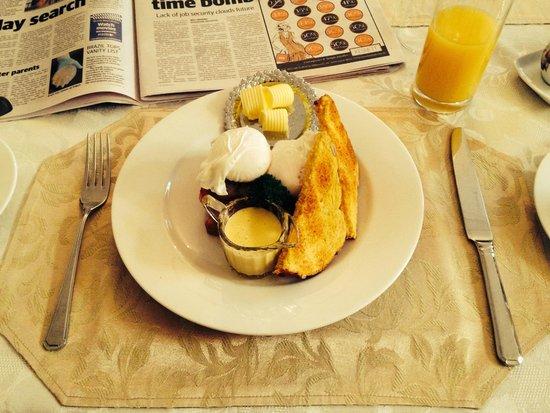 Freeman on Ford B&B: Filling breakfast