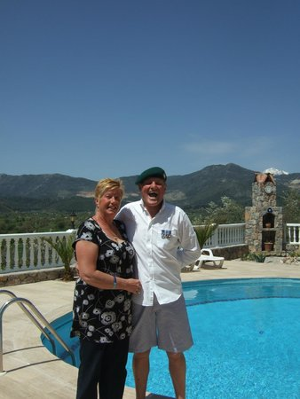 St. Nicholas Pension: Commando dave and Rose