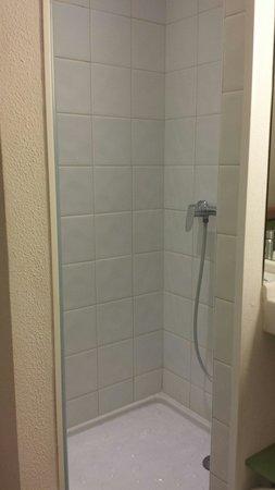 Ibis Budget El Jadida : Bathroom