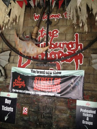 The Edinburgh Dungeon: Entrance to your doom