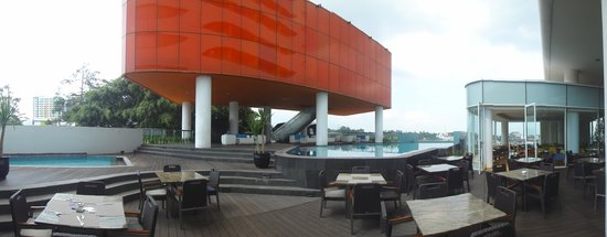 Sensa Hotel: pool and spa and fitness facilities