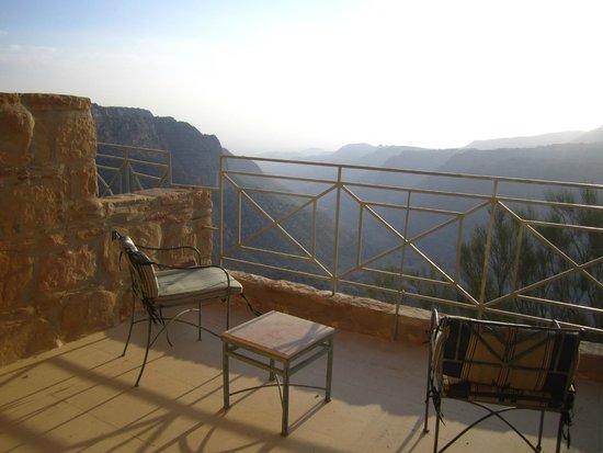 Dana Guesthouse : vue de la terrasse