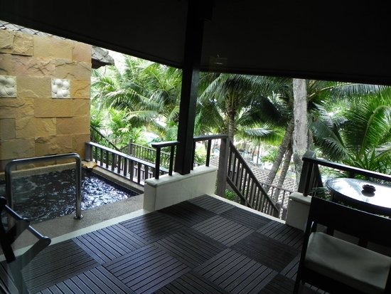 Andaman White Beach Resort : Balcony