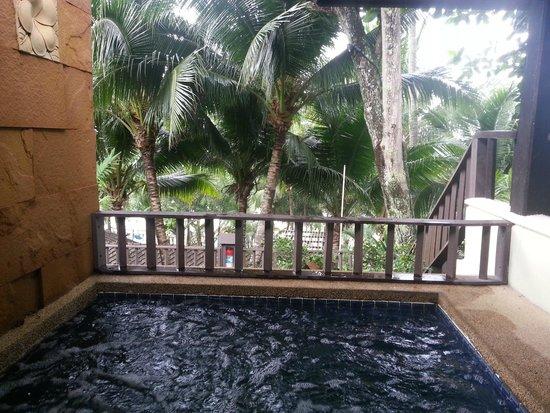 Andaman White Beach Resort: Balcony