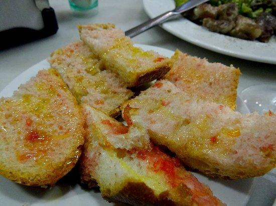Tomato bread in El Xampanyet