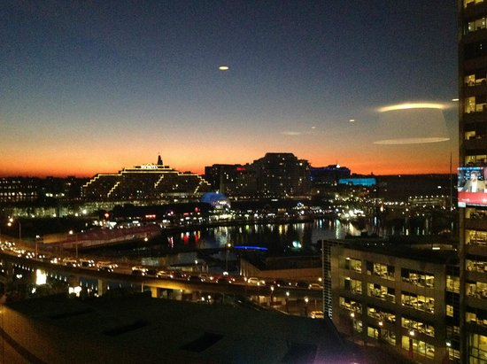 PARKROYAL Darling Harbour Sydney: View from Club Lounge