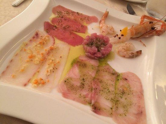 Ristorante Pacifico da Franco: Alta qualità e cortesia. Un ambiente elegante dove mangiare del buon crudo è un'esperienza veram