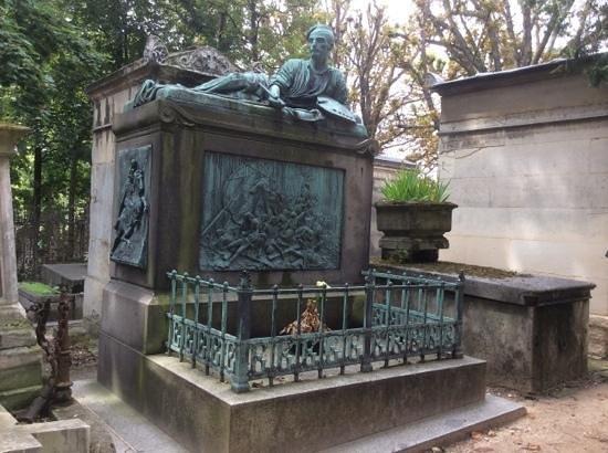 Cimetière du Père-Lachaise : tombe de theodore gericault