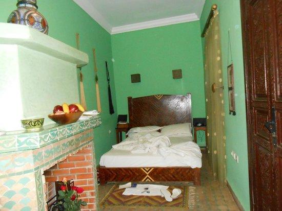 Riad El Mansour: My room