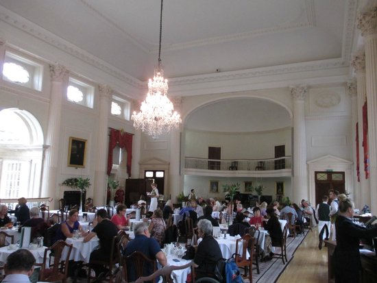 The Pump Room Restaurant: The Pump Room - very grand
