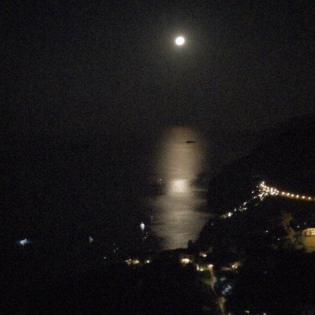 B&B Mamma Rosa Positano: Our view at night