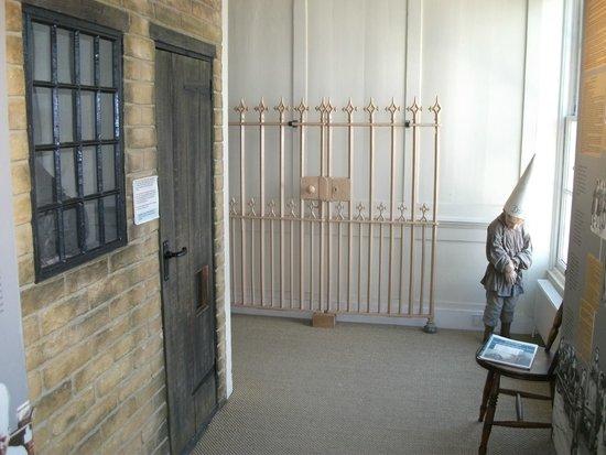 Westbury Manor Museum: Old prison display