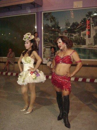 Phuket Simon Cabaret : красотки