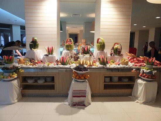 SENTIDO Aziza Beach Golf & Spa: Buffet Display