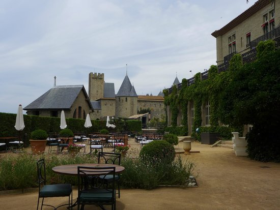 Hotel de la Cite Carcassonne - MGallery Collection : Hotel terrace
