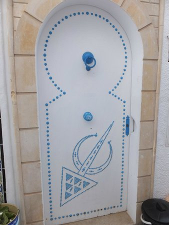 SENTIDO Aziza Beach Golf & Spa: Medina, doors like this everywhere