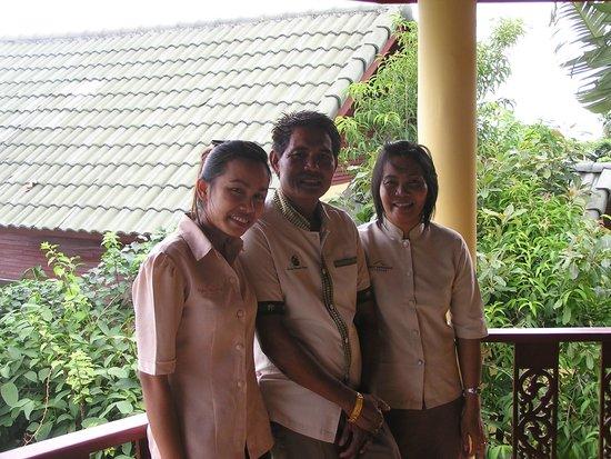Samui Mountain Village: professional team