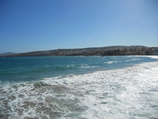Il mare greco a pochi passi dall'hotel Filoxenia