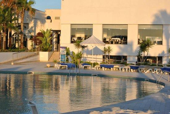 Iberostar Diar El Andalous: restaurant et piscine