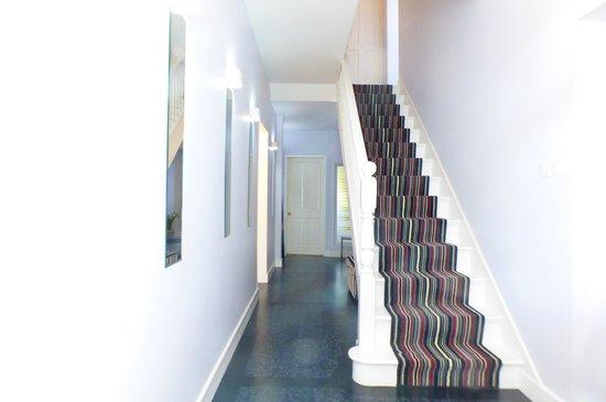 Avista B&B at Penrose: Hallway to B&B standard rooms