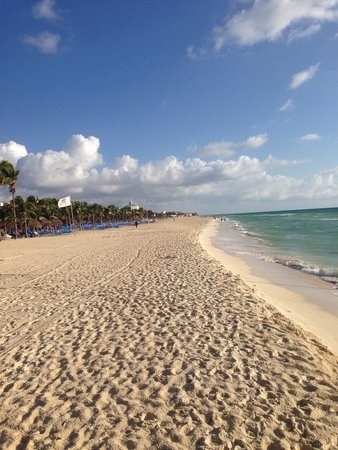 Hotel Riu Palace Mexico: Strand