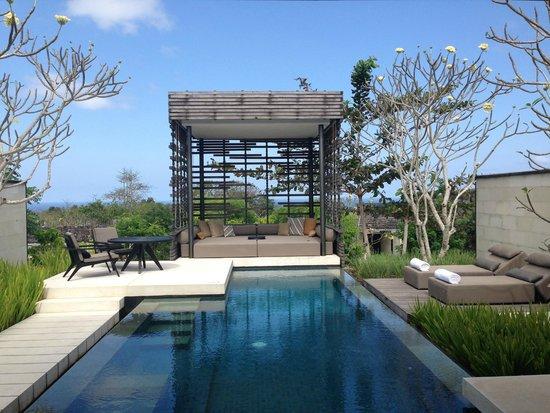 Alila Villas Uluwatu: View from Villa/Cabanna and Pool in the Villa