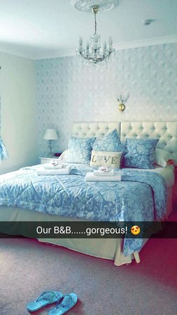 The Cleveland: Our gorgeous room ��