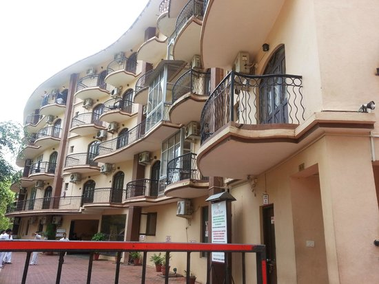 Nazri Resort Hotel: block A