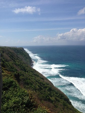 Alila Villas Uluwatu: View of the Indian Ocean from Main Cabanna