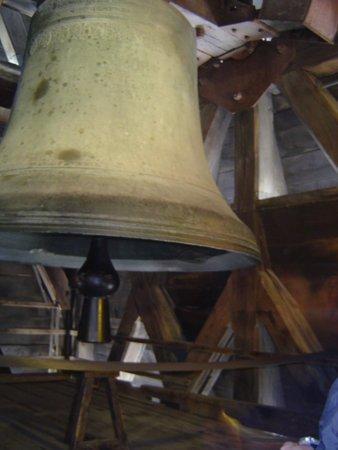 Tours de la Cathedrale Notre-Dame : Sinos da torre