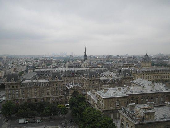 Tours de la Cathedrale Notre-Dame : Vista da Torre Eiffel