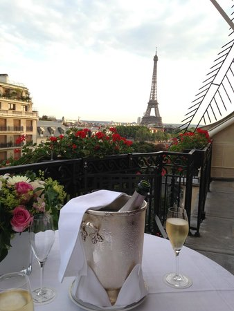 Hôtel Plaza Athénée: Vue depuis le Balcon-Terrasse