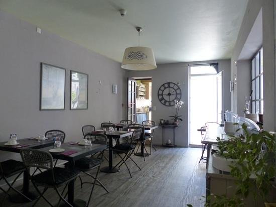 Hotel Rocafortis : salle interieure du petit dejeuner